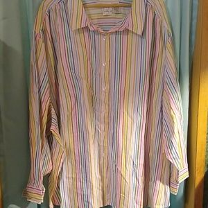 Very cute  stripped button up shirt